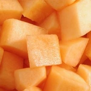 Meloenblokjes gesneden