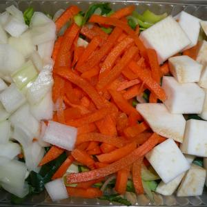 Erwtensoep groente gesneden